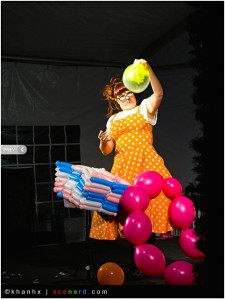 Balloon Show Tawney Bubbles